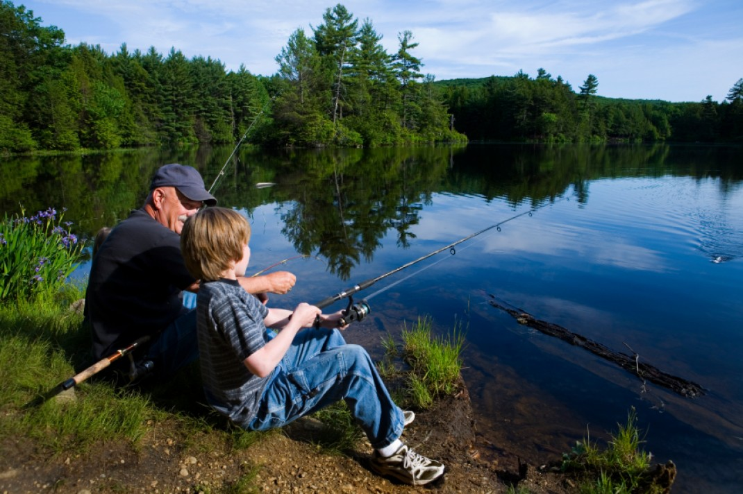 Going fishing cast your line at the right time weiss for Fred s fish fry