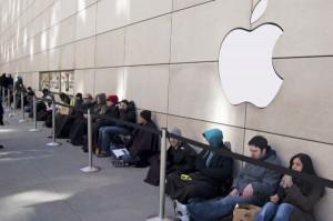 Apple Stock Crashes